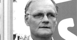 Entinen poliisiylijohtaja Mikko Paatero. Kuva: rajattu ja muokattu alkuperäisestä. Alkuperäinen kuva: Soppakanuuna. CC BY-SA 3.0.