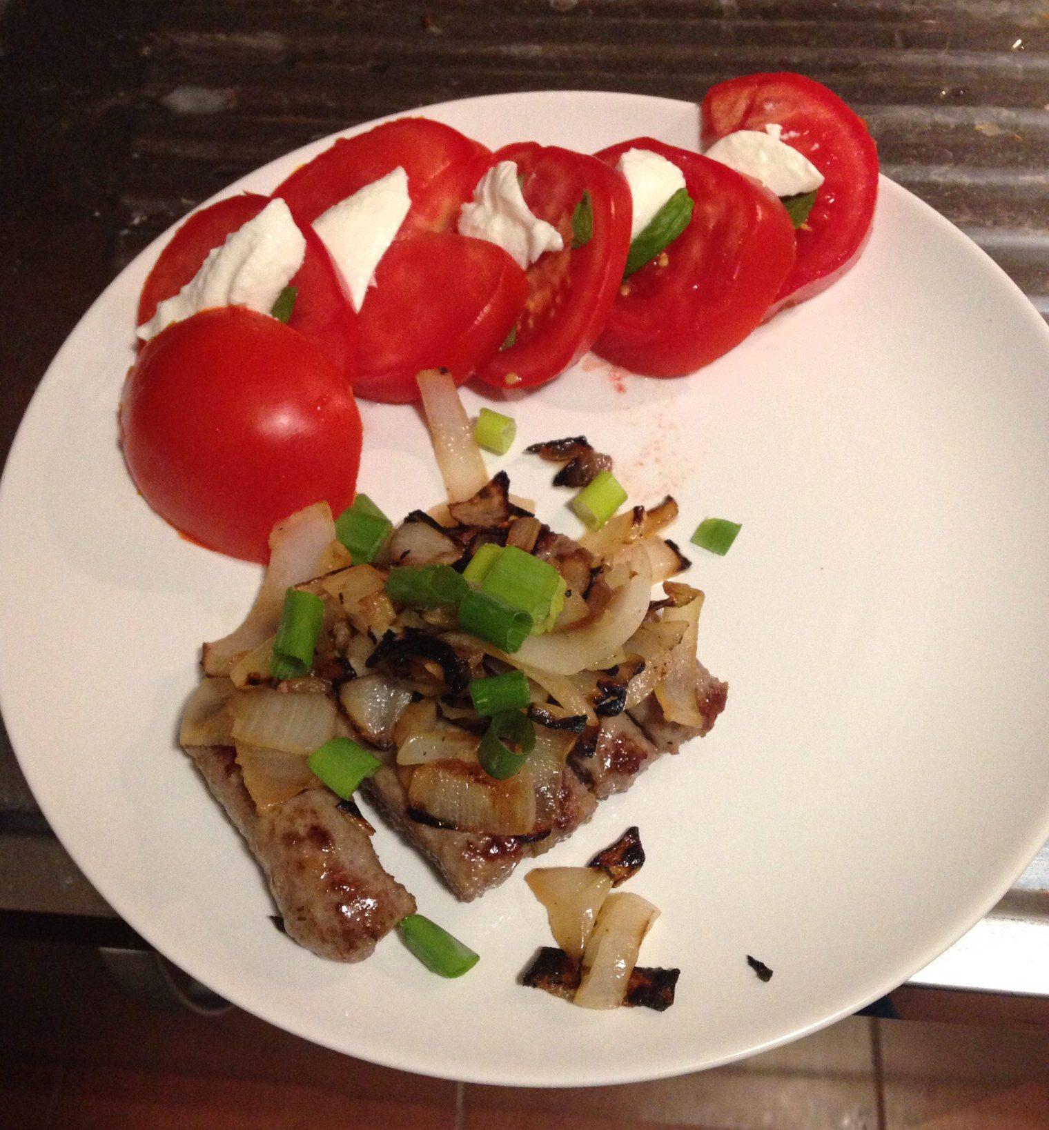 Cevapi on toinen tyypillinen serbialainen ruoka. (IL)