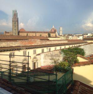 Firenze ylhäältä nähtynä.