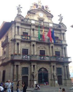 Pamplona on saanut hienon kaupungintalon.