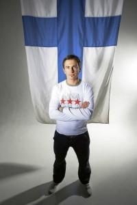 """""""KHL ei ollut mun juttuni"""", Ville Peltonen sanoo. Kuva: Mirva Kakko."""