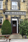Vierailemme myös Emmerdale-sarjan tunnetuksi tekemässä The Woolpack -pubissa.
