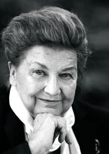 80-vuotispäivän kunniaksi Laila Pullisella on näyttelyt Nissbackassa ja Vantaan kaupunginmuseossa. Kuva: Jonne Räsänen.