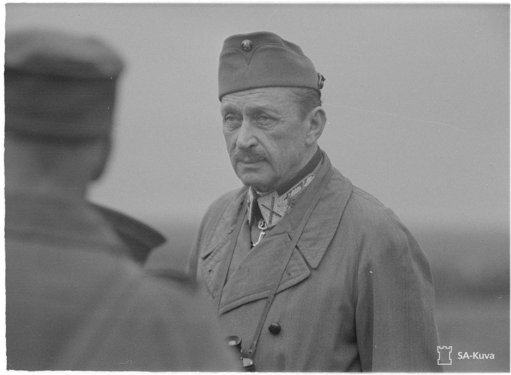 Marsalkka Mannerheim kesällä 1944