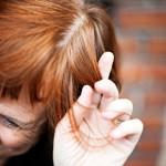 Irene Wichmann on melko tyytyväinen hiustensa nykytilaan. Hiuksia on kasvanut runsaasti takaisin ja harmaus on saatu peittoon kasviväreillä. Hän kaipailee kuitenkin vähän räväkämpiä sävyjä.