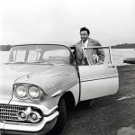 Virran Amerikan-matkalta tuotu Chevrolet Bel Air käänsi päitä keikkapaikoilla.