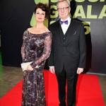 """""""Emme ole koskaan aiemmin olleet Jussi-gaalassa. Telkkarista olemme kyllä lähetystä seuranneet"""", kertoi näyttelijä Heidi Herala seuranaan puoliso Seppo Maijala."""