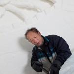 Xue Yao on eläkkeellä oleva taideopettaja. Suomessa hän on ensimmäistä kertaa.