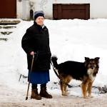 Anastasia Andrejeva asuu Viipurissa kahdestaan koiransa kanssa. Elämäänsä hän on hyvin tyytyväinen.