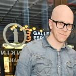 Muusikko Toni Wirtanen on syntynyt 4.4.1975 eli hän on horoskooppimerkiltään oinas.