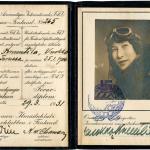 Vuokko Knuutilan lentokoneohjaaja-todistus on päivätty 29.3.1931.