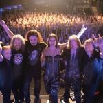 Nightwishin keikka huipentuu aina pitkään kumarrukseen yleisön edessä.