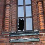 Varkaat tunkeutuivat Uspenskin katedraaliin pienestä ikkunaruudusta.
