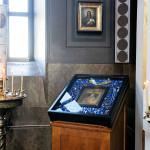 Kozelstsanin Jumalanäidin ihmeitä tekevä ikoni palautettiin Uspenskiin ristisaatossa elokuussa 2011. Sen jälkeen sille on taas lahjoitettu runsaasti koruja kiitoksina rukoilijoilta.