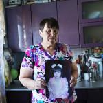 """Tatarskaya Karabolkassa asuvan Sizaniya Hasanovan Regina-tytär kuoli 6-vuotiaana syöpään. """"Mieheni ei kestänyt sitä ja teki itsemurhan."""""""
