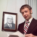 Keijo Korhonen oli Urho Kekkosen luottomies ja Suomen puolueettomuuspolitiikan keskeisiä puolustajia. Kuva vuodelta 1977.