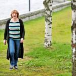 """""""Kuulin usein, että taitaa Keskisen rouvan korvien välissä olla jotakin, kun koko ajan keksii itselleen oireita"""", Susanna Keskinen muistelee ahdistavia ja synkkiä vuosiaan."""