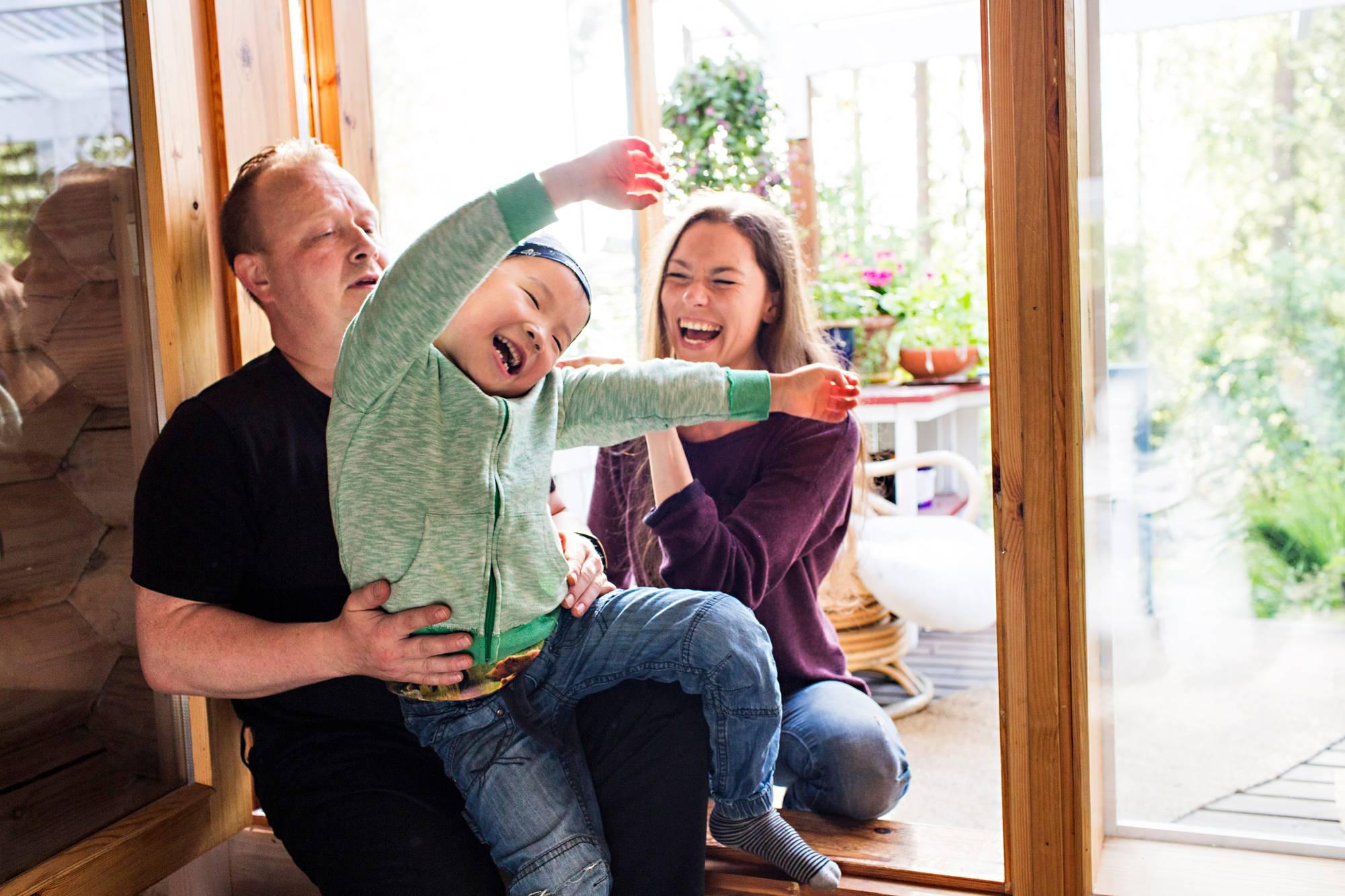 Teini perhe suku puolen tarinoita