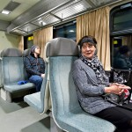 Varpu Heinonen pitää junalla matkustamisesta.