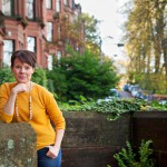 Mari K. NIemi ei halua hautautua tutkijan kaammioonsa vaan on aktiivinen keskustelija ja intohimoinen somettaja.