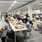 Tyyntä myrskyn edellä. Tromssan shakkiolympialaisten kahden viikon urakka alkoi 2.8.2014. Turnaukseen osallistui 1 800 pelaajaa 174 maasta.
