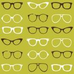 Astianpesuainetta suoraan linssiin ja vettä päälle? Tämä tavallinen pesutapa vaurioittaa silmälaseja.