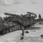Rautatietykit olivat aikamoisen järeitä aseita, kuten Hangon rintamalla otetusta valokuvasta voi päätellä.