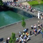 Sairaita ihmisiä tulee Lourdesiin ympäri maailmaa ihmeparantumisen toivossa.