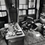 Tohtori Kurt Lisso vaimoineen ja tyttärineen teki itse-murhan kotonaan Leipzigissä 20.4.1945.
