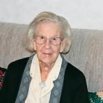 Liisa Luoma 92-vuotiaana kotonaan Ylistarossa.