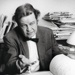 3.12.1915 syntynyt Toivo Kärki tunnetaan muun muassa Sinun silmiesi tähden -kappaleesta.