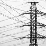 Sähkönsiirtoyhtiö Caruna löysi oman hillotolppansa, mutta kuluttajat saivat roimat hinnankorotukset.