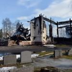 Vakuutus ei kata Ylivieskan tuhopoltetun kirkon vahinkoja.