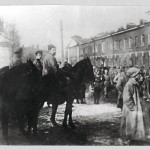 Bolsevikki-sotilaat päättivät matruusien kapinan maaliskuussa 1921.