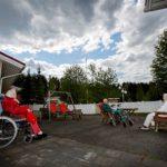 Kirsti Varkoi, 84, Lauri Koivumies, 87 ja Kerttu Konttinen, 88, ovat asuneet koko ikänsä Rautalammilla. He toivovat saavansa tehdä niin loppuun asti.