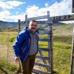 Kaivuonon kunnanneuvos Svein Oddvar Leiros on yksi lahjahankkeen kummisedistä.