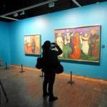 Munchin maalaus Elämäntanssi kielii taiteilijan sivullisuuden tunteesta.