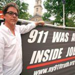 Syyskuun yhdennentoista päivän tapahtumat synnyttivät Yhdysvalloissa 9/11 Truth -kansanliikkeen. Sen jäsenet eivät uskoneet hallituksen virallista selitystä.