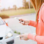 Ärsyttävä tilanne: matkapuhelimen akusta loppuu virta juuri kun pitäisi lähettää tärkeä tekstiviesti. Varavirtalähde pelastaa tilanteen.