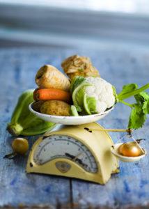 Tutkimuksen mukaan puoli kiloa kasviksia ei enää riitä.