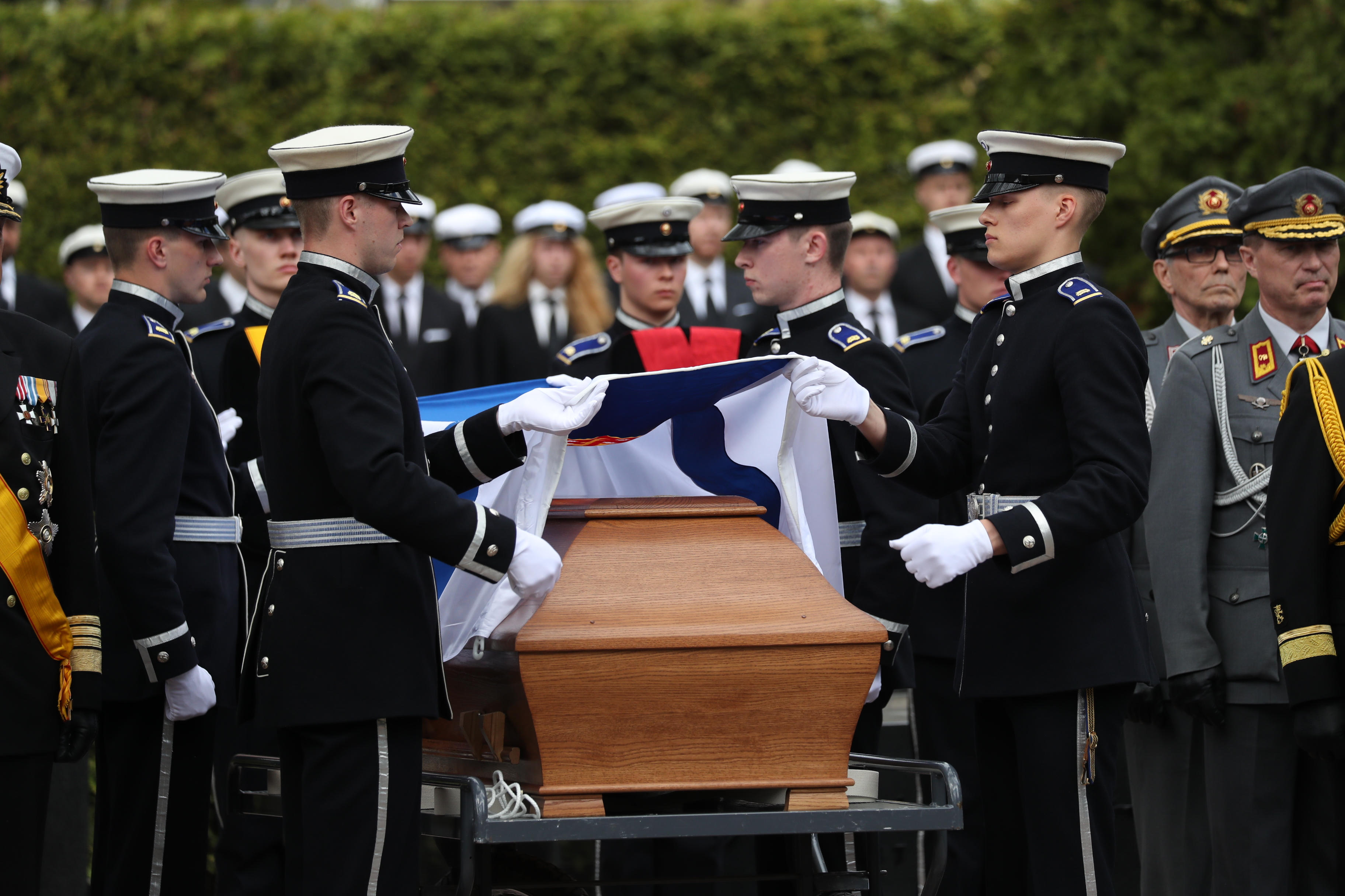 Koiviston Hautajaiset
