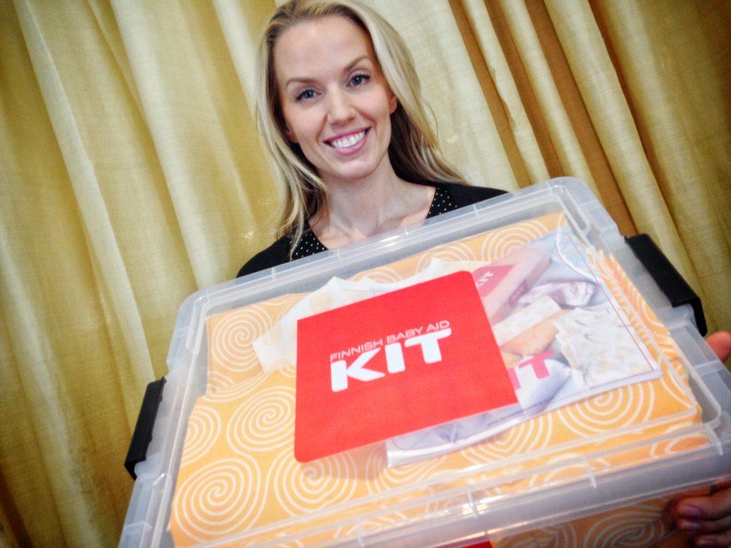 Piritta Hagman ja Finnish Baby Aid Kit