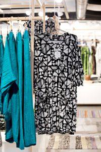 PUF Design Market myy suomalaisten suunnittelijoiden vaatteita ja koruja entisöidyssä Forum-korttelissa.