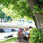 Turku on kesäkaupunki, jonka kauneimmat paikat löytyvät Aurajoen rannalta.