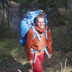 VARUSTUS - Tämänkokoisella varustuksella pärjää metsässä helposti viikon. Rinkka kevenee matkan edetessä, kun kuivamuona hupenee.