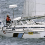 """Harry """"Hjallis"""" Harkimo purjehti yksi maailman ympäri vuosina 1986-87. Kuva vuodelta 1987."""