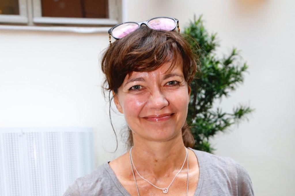 Kirsi Pihakokee olleensa onnekas rakkauselämässä, mutta tunnustaa kokevansa paineita ollessaan kolmatta kertaa naimisissa.