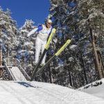 Taavettilainen Martti Lamminpää nauttii: tuuli kannattelee häntä kuin ilmapatjaa.