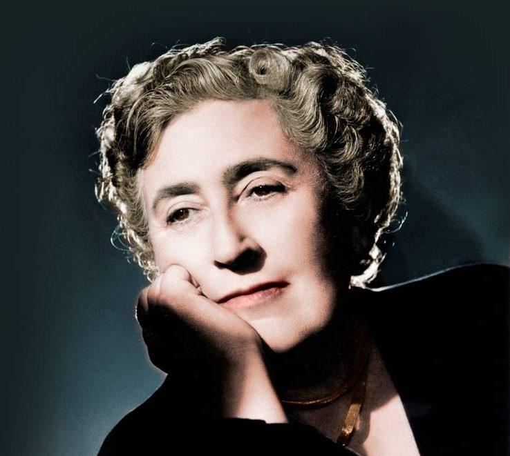 Agatha Christie oli kuuluisa kirjailija.