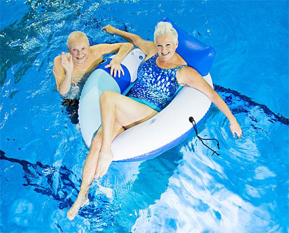 Uimapukuja aikuiselle